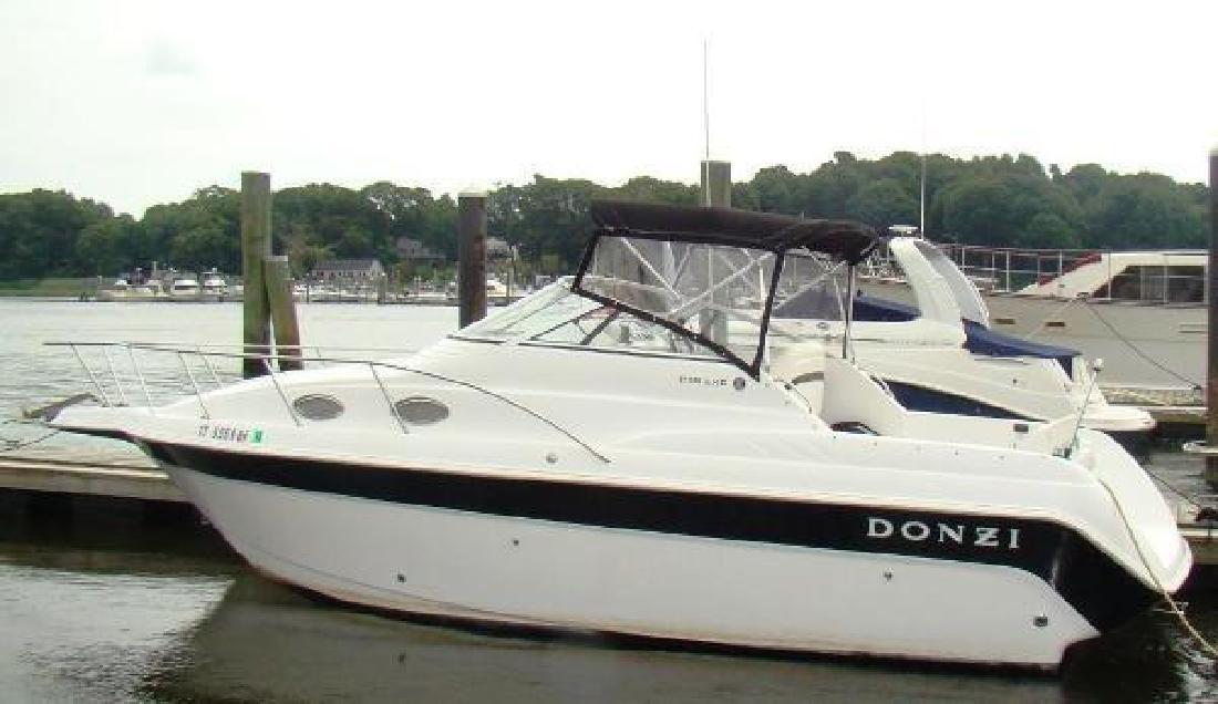 1998 Donzi 255 LXC Fairfield CT in Bristol, RI