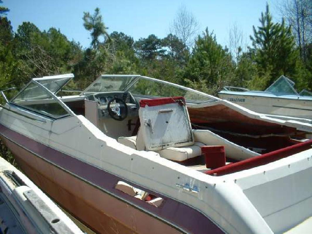 1990 MAXUM 2100 SC Sport Cuddy Hull Mercruiser Dawsonville GA