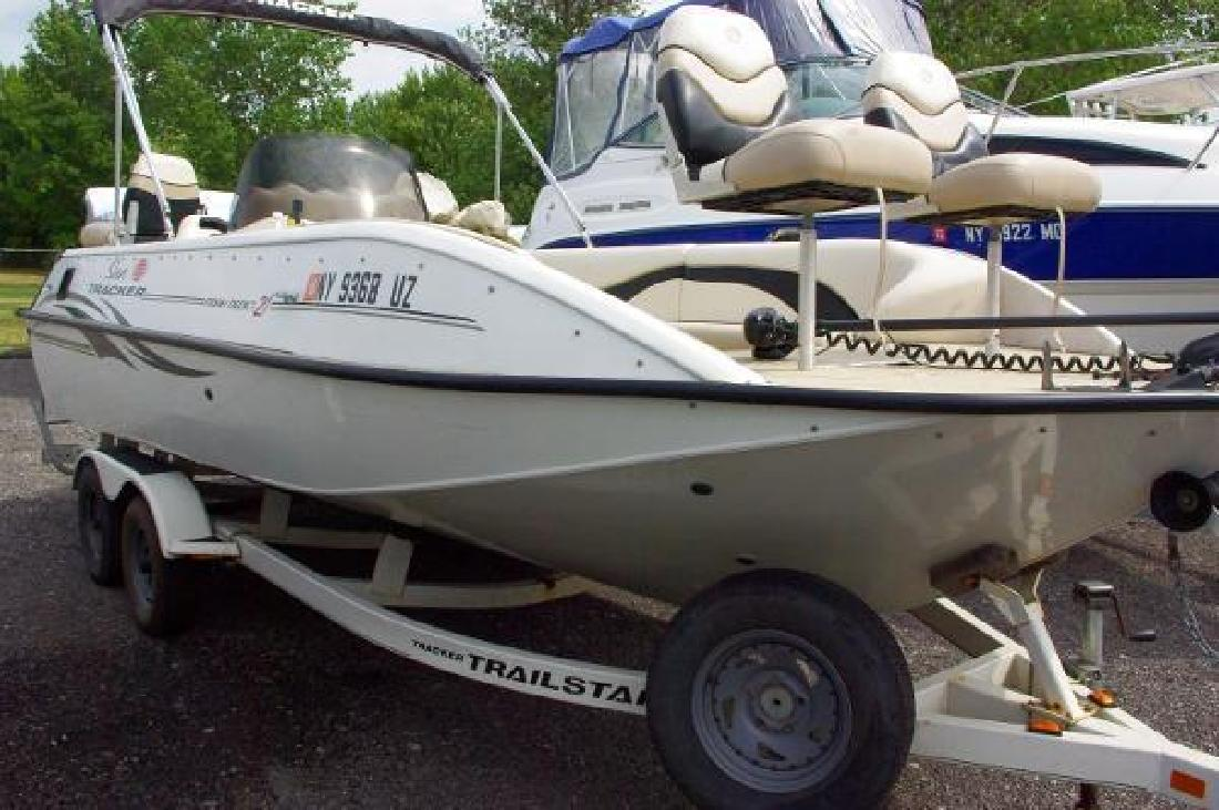 2003 sun tracker fishin deck 21 rochester ny for sale in for Fishing deck boats