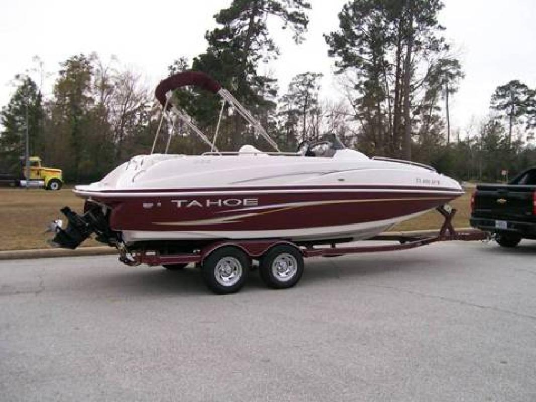 2007 Tahoe 222 Deck Boat for sale in McHenry, Illinois | All