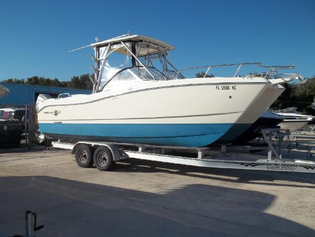 2006 26' Worldcat Dual Console & Deck Cats 250DC