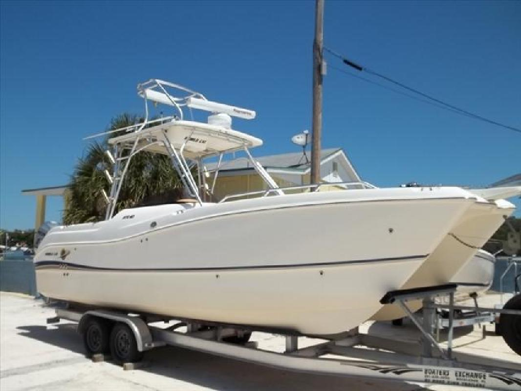 2007 28' Worldcat Dual Console & Deck Cats 270SD