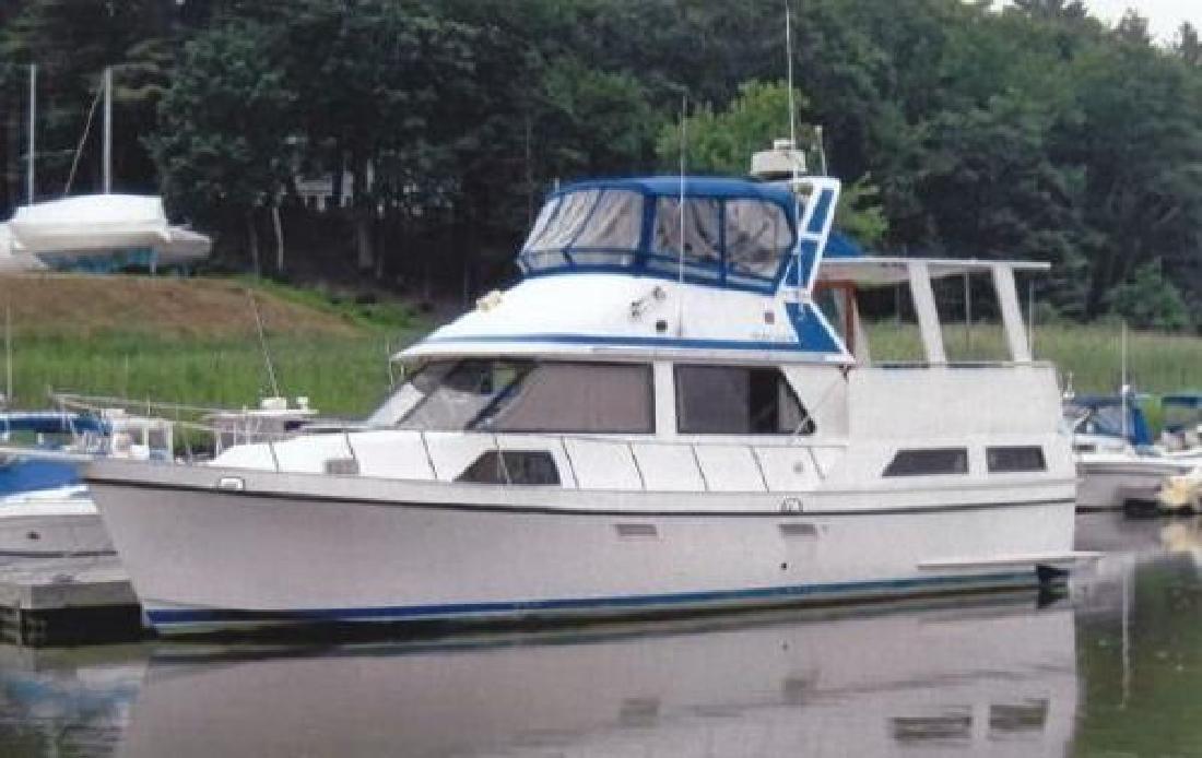 1987 Golden Star 38 Sun Deck Trawler Stamford CT