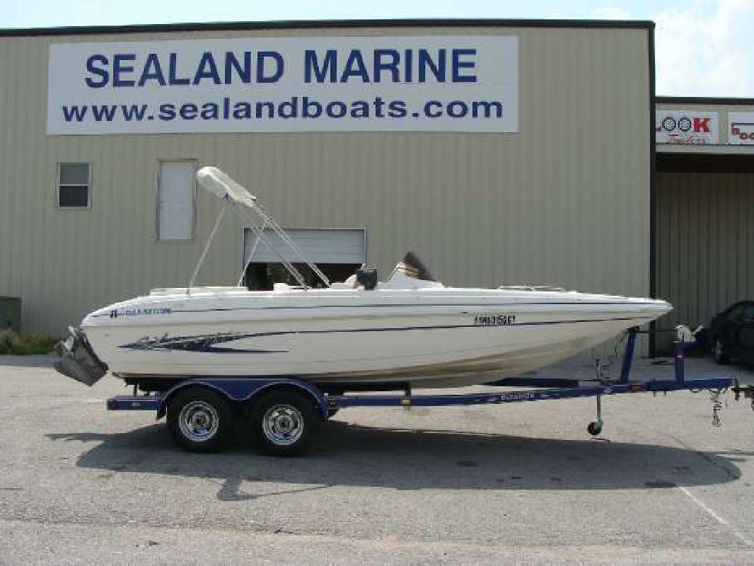 2003 Glastron SX 205 Deckboat Omaha NE