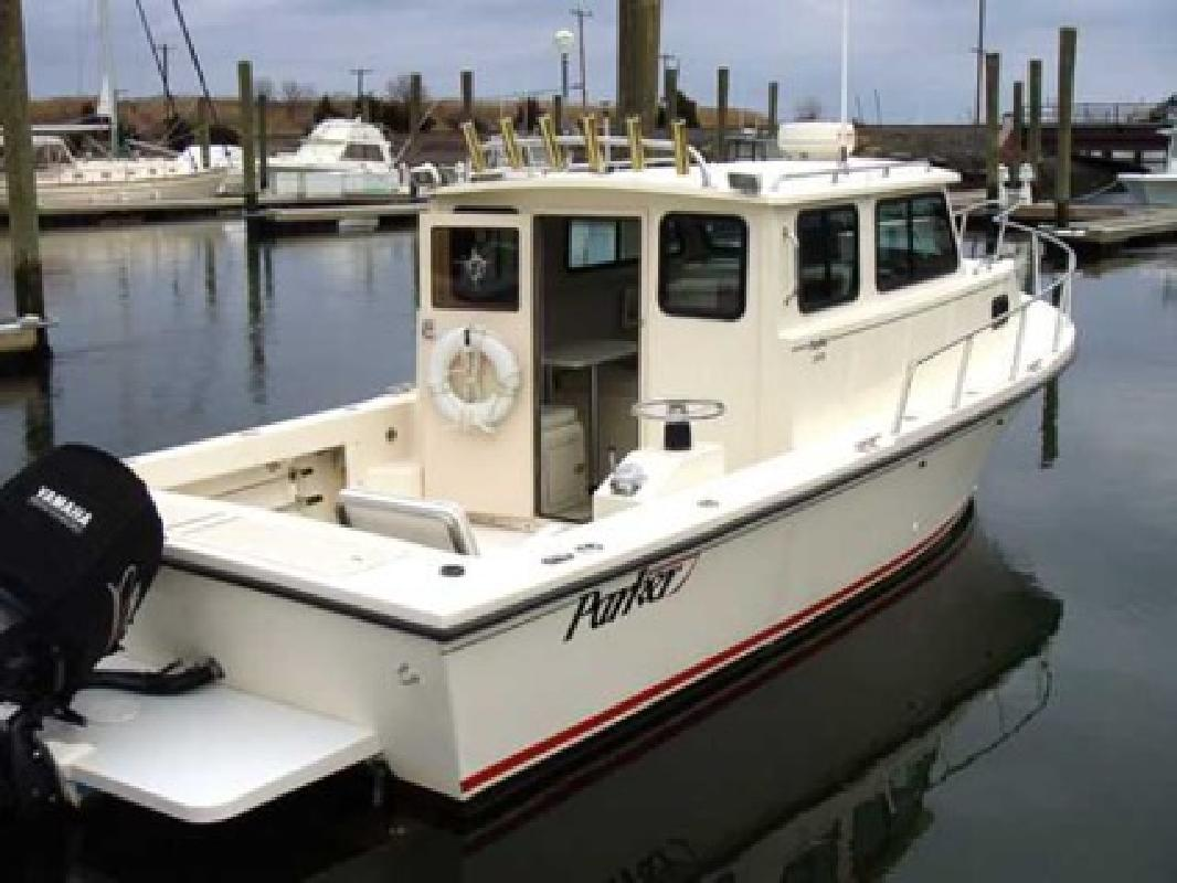 $44,000 1999 Parker 2530 Deep V