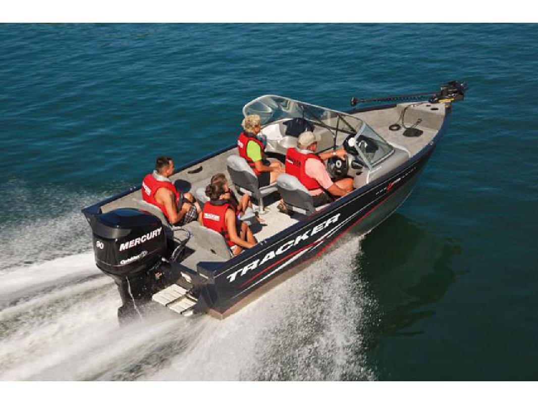 2011 17' Tracker Marine Group Multi-Species Deep V Pro Guide V-175 Combo