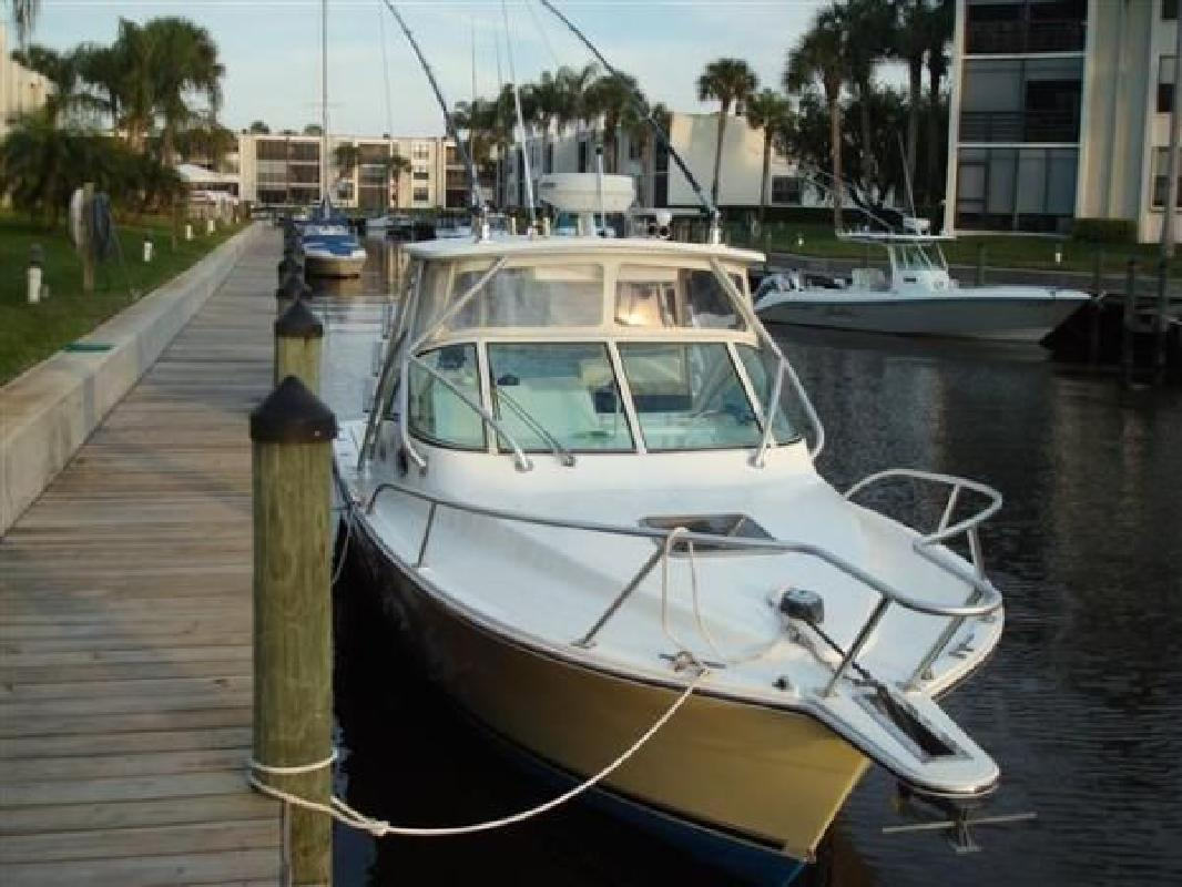 2005 28' Albemarle Boats 28 Express (Diesel Power! Only 160 Hours!