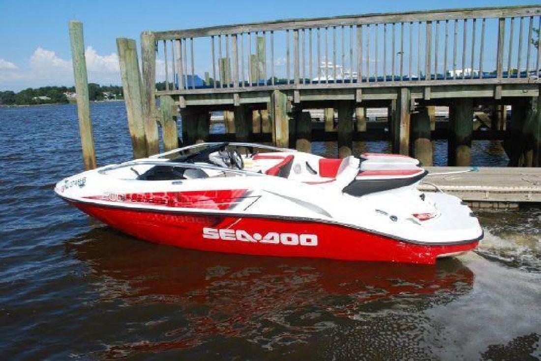 2007 20' Sea Doo Speedster