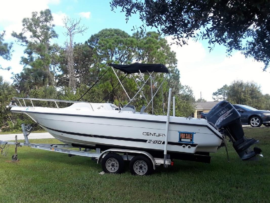 2001 - Century Boats - 2100 Dual Console in Englewood, FL