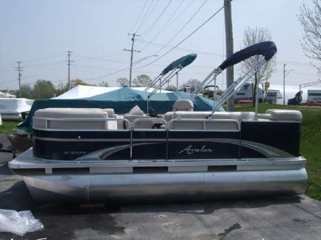 2011 16 39 avalon 16 ft eagle family re for sale in fox for 16 foot aluminum boat motor size