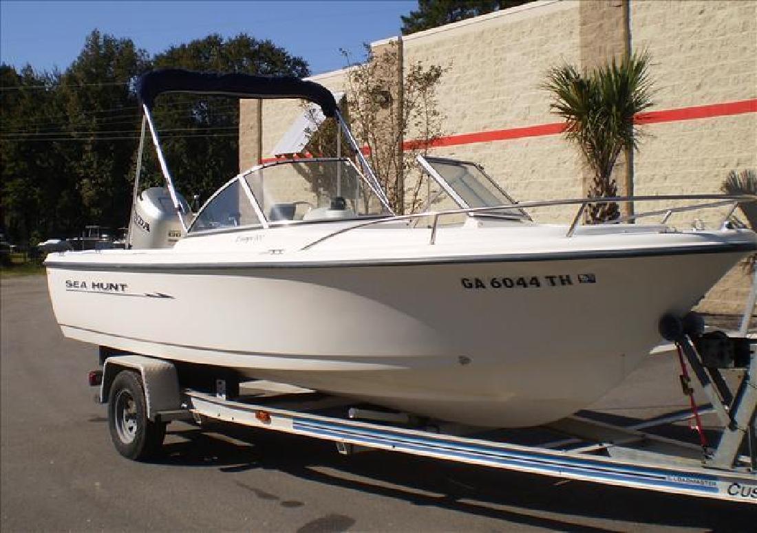 1999 Sea Hunt Boats Fishing Escape 200 Bluffton SC