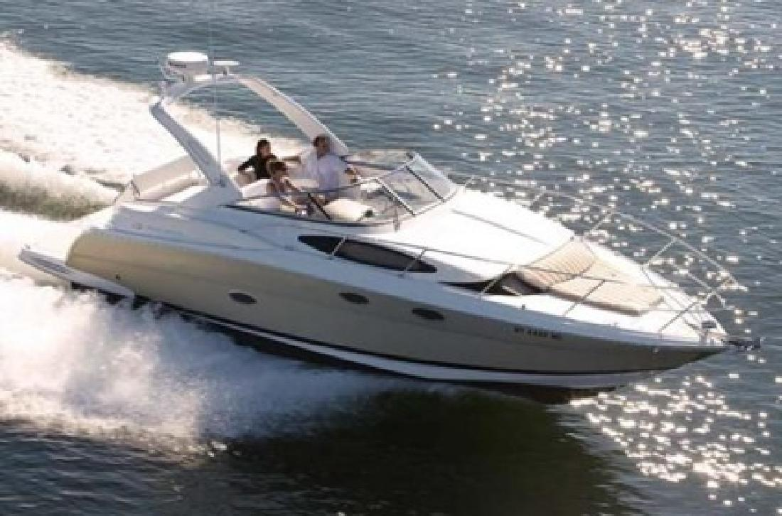 $85,000 2008 Regal 3360 Window Express Cabin Cruiser