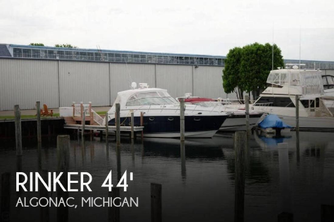 2007 Rinker Boats 420 Express Cruiser Algonac MI