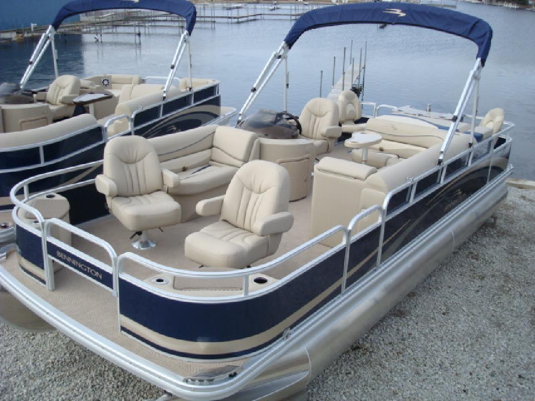 2011 24' Bennington Marine LLC F Series 2275 FSi