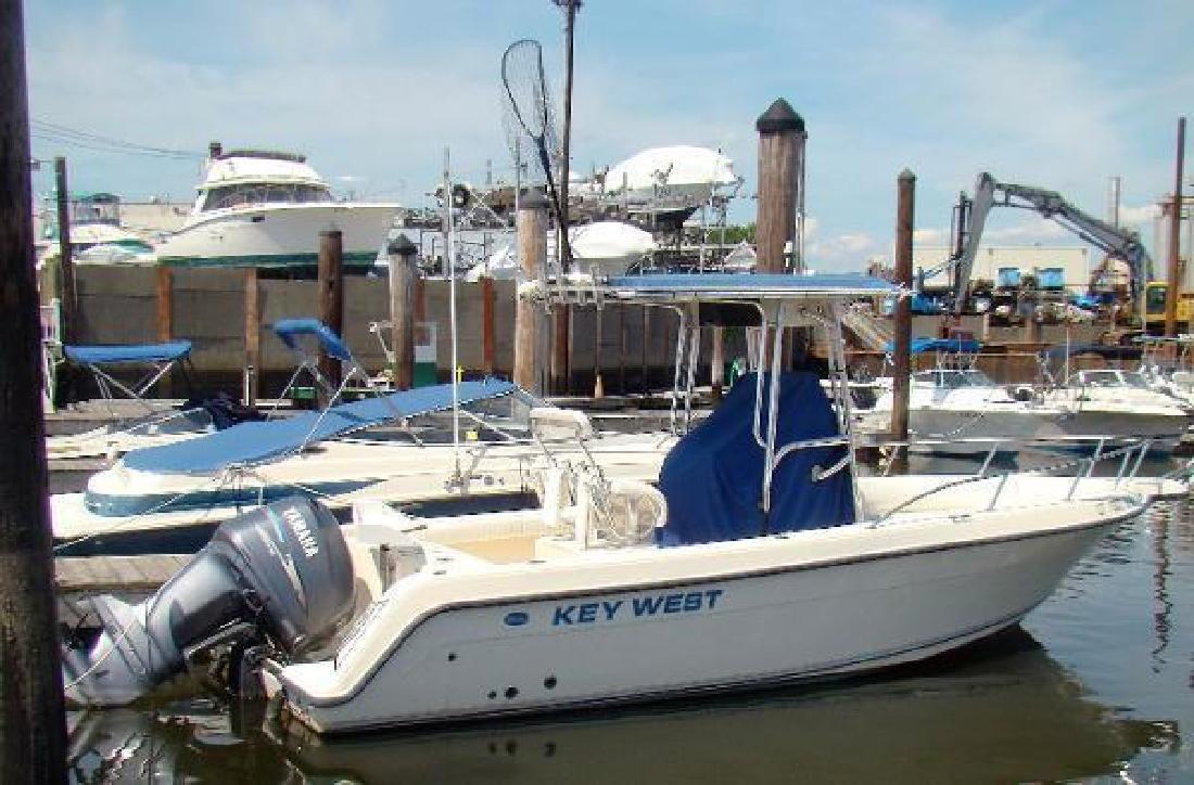 2004 Key West 2300 CC Fairfield CT in Bristol, RI