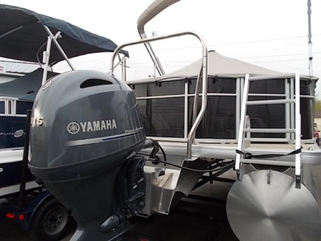 Sweetwater Boats 2016 SW 2286 FCS in Boise, ID