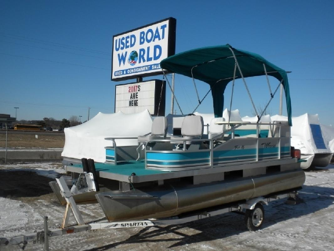 2001 - Weeres Pontoon Boats - Fish 16 in East Bethel, MN for