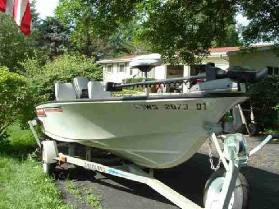 $4,325 2002 Lakeland Fishing Boat for sale in Madison