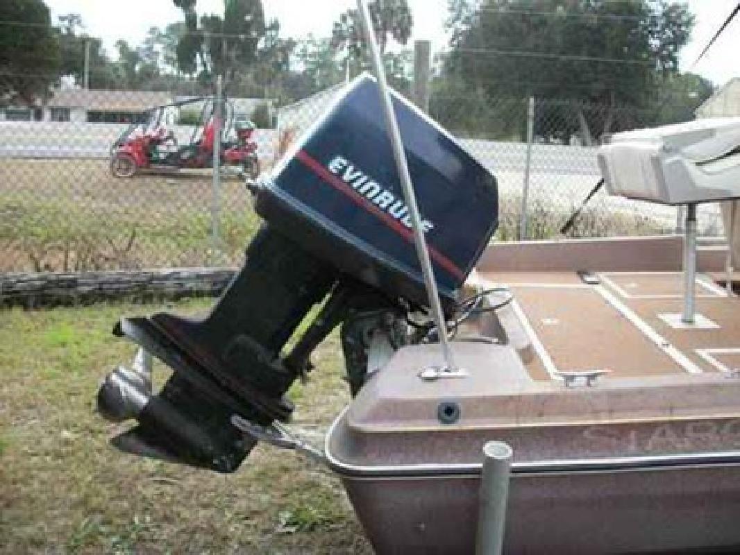 $4,900 17ft Bass Tracker Fishing Boat