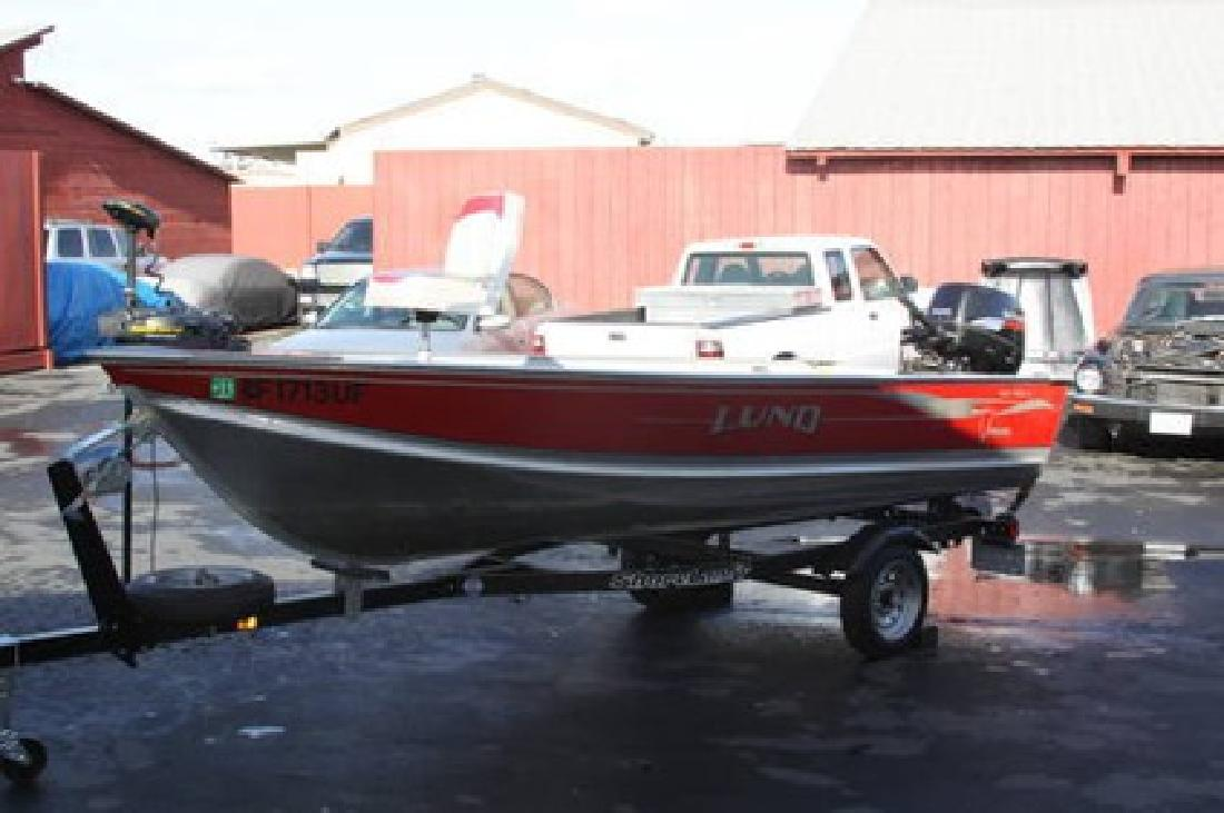 $4,250 2004 Lund 14 foot fishing boat very clean