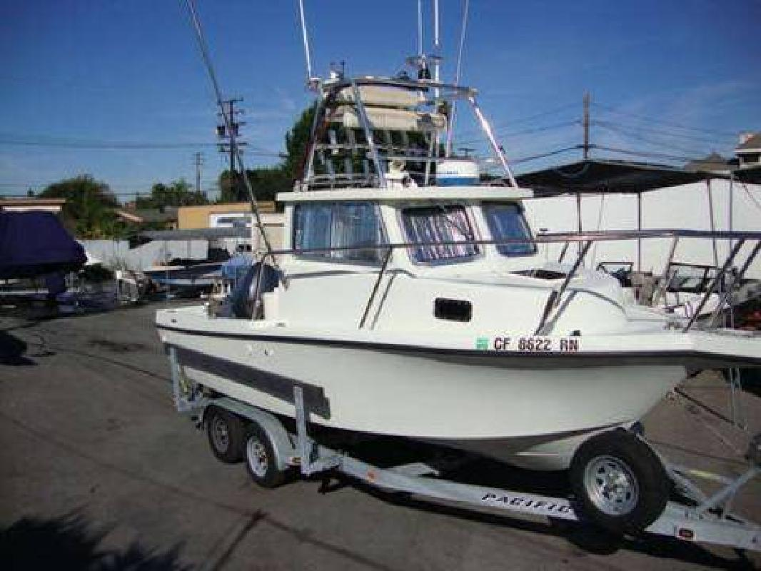 Used Fishing Boats For Sale >> Parker Defiance Pilot House Used Fishing Boat Yamaha Four