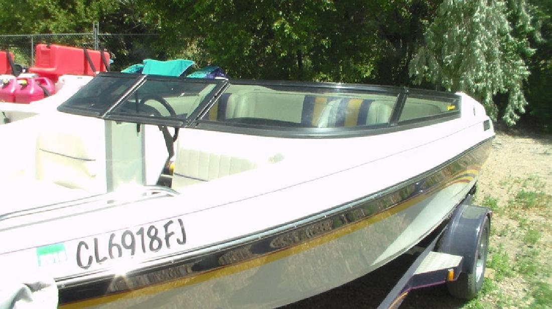 Boat: 1995 Celebrity Boats Firestar 18 Convertible