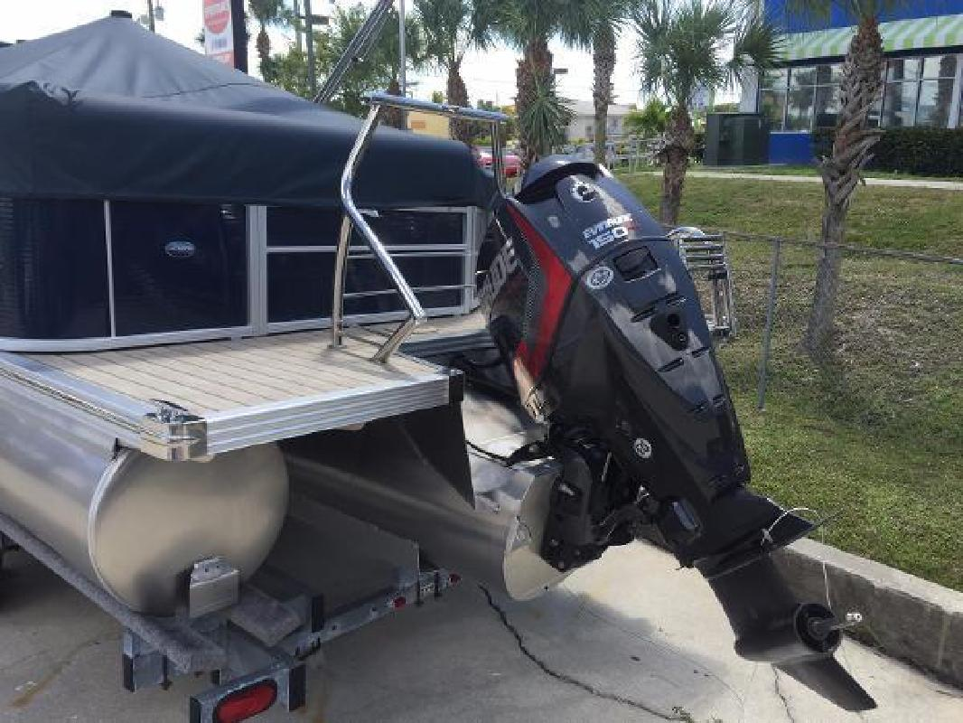 2014 Manitou 25 Legacy Fort Myers Beach FL