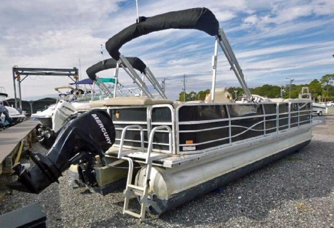 2012 Xcursion X25C Fort Walton FL