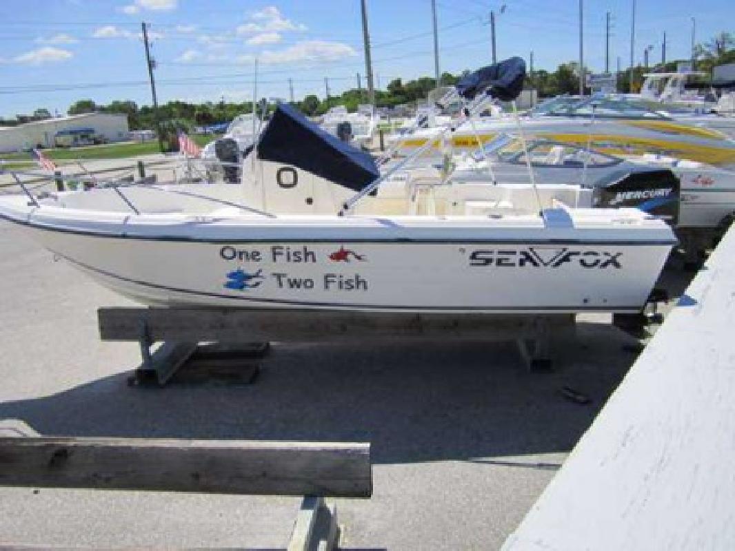 Used 2002 Sea Fox 217 CC