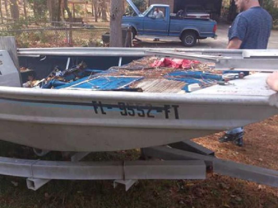 $375 87 Grumman 16 ft (Douglasville)