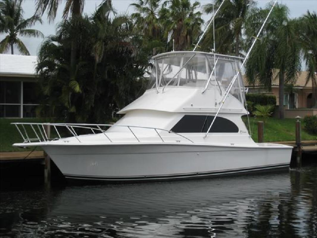 Egg Harbor 37 Sport Yacht