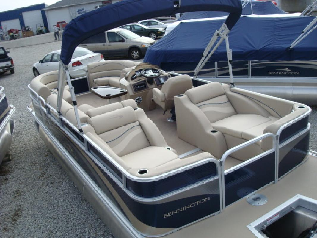 2011 24' Bennington Marine LLC G Series 2275 GCW