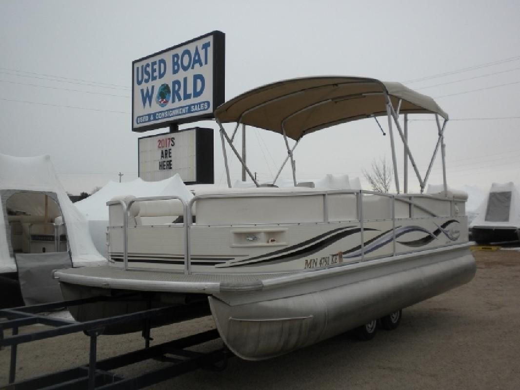 2006 Misty Harbor Boats 2085gm Grand Mistique In East