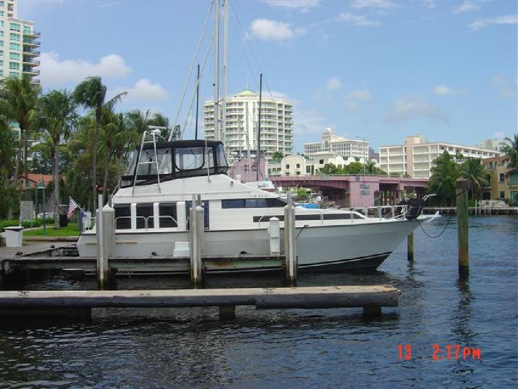 1990 41 39 mainship grand salon for sale in fort lauderdale for 41 ft mainship grand salon