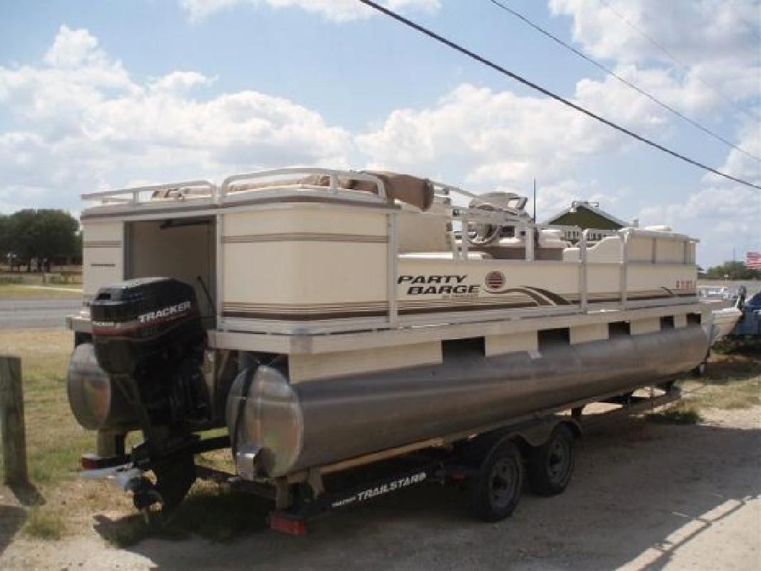 2003 24' Tracker Marine Group Party Barge 240