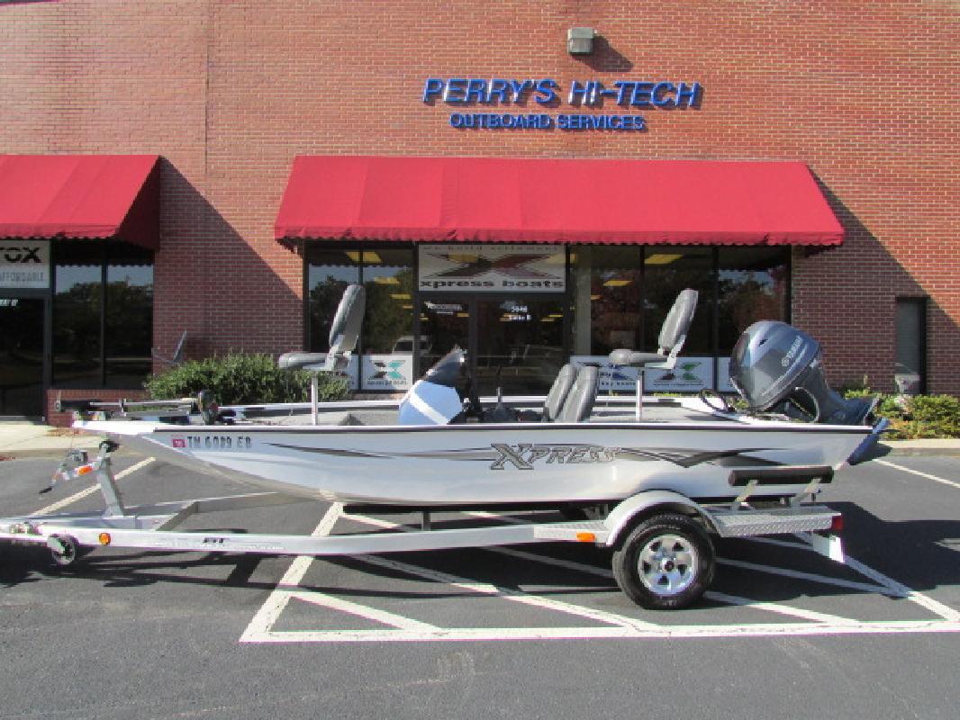 2011 - Xpress Boats - H17 in Buford, GA