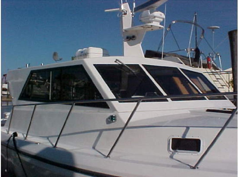 2001 38' Sea Hawk 360