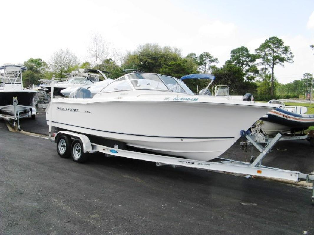 2006 22' Sea Hunt ESCAPE 220 in Gulf Shores, Alabama