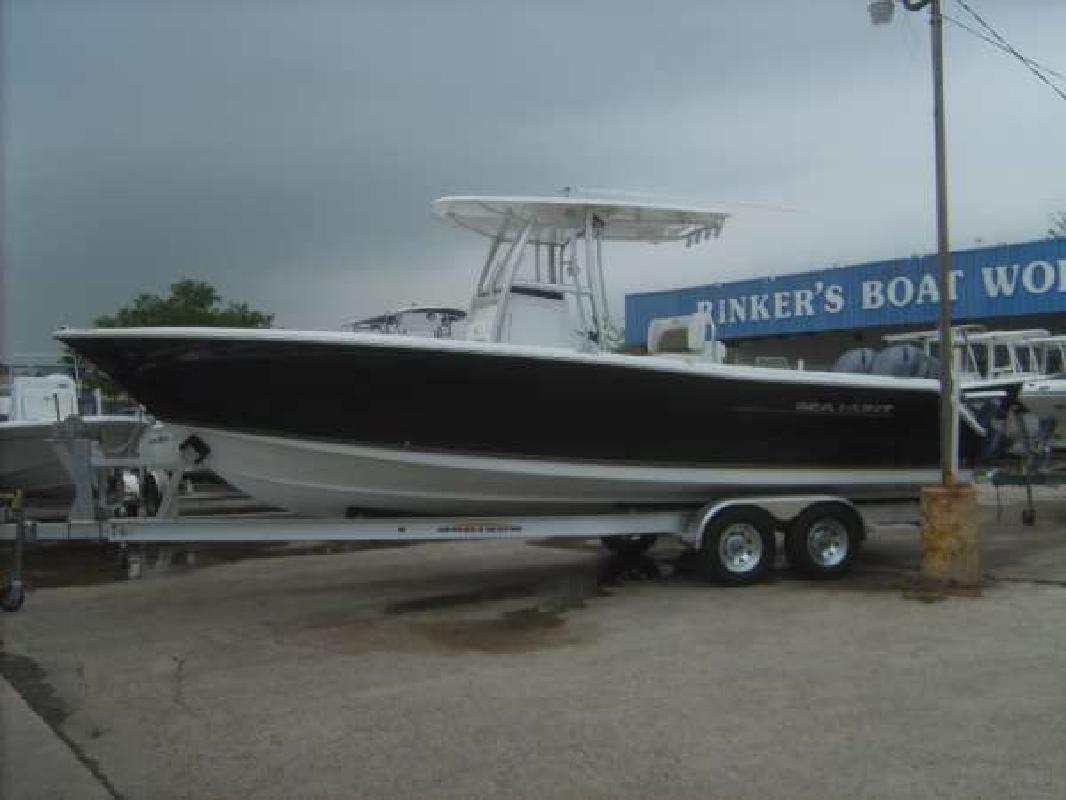 2011 27' Sea Hunt Gamefish 27 in Houston, Texas