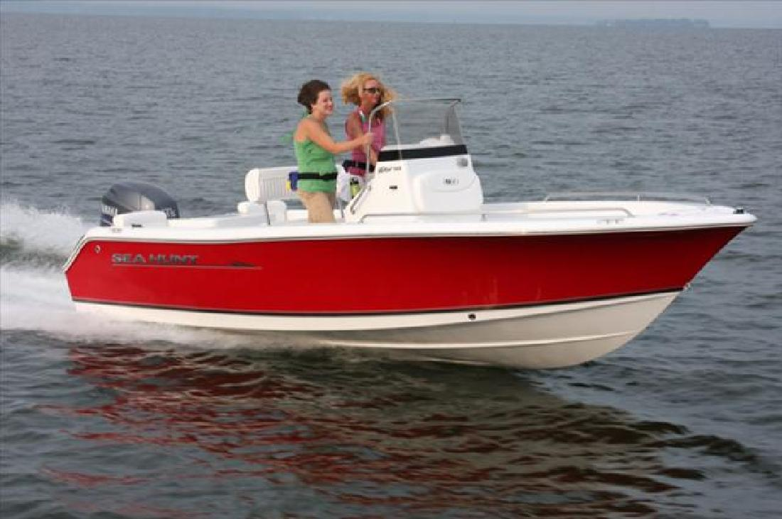 2012 18' Sea Hunt TRITON 188 in Gulf Shores, Alabama