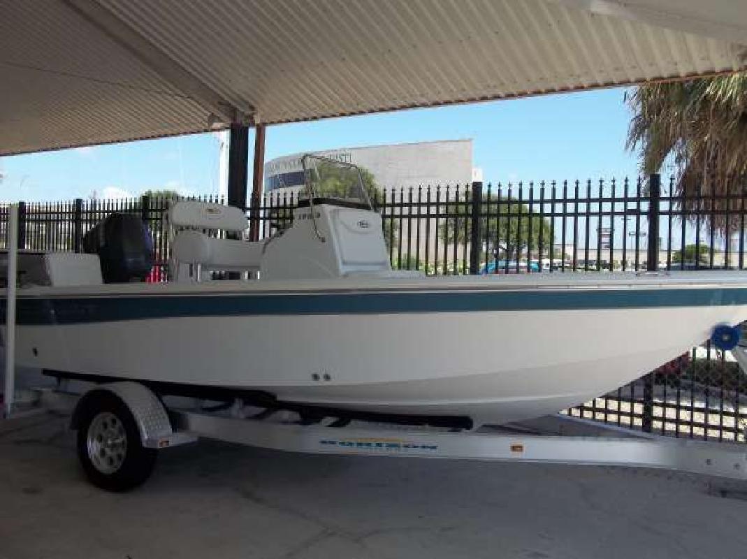 2010 19' Sea Hunt XP 19 in Corpus Christi, Texas