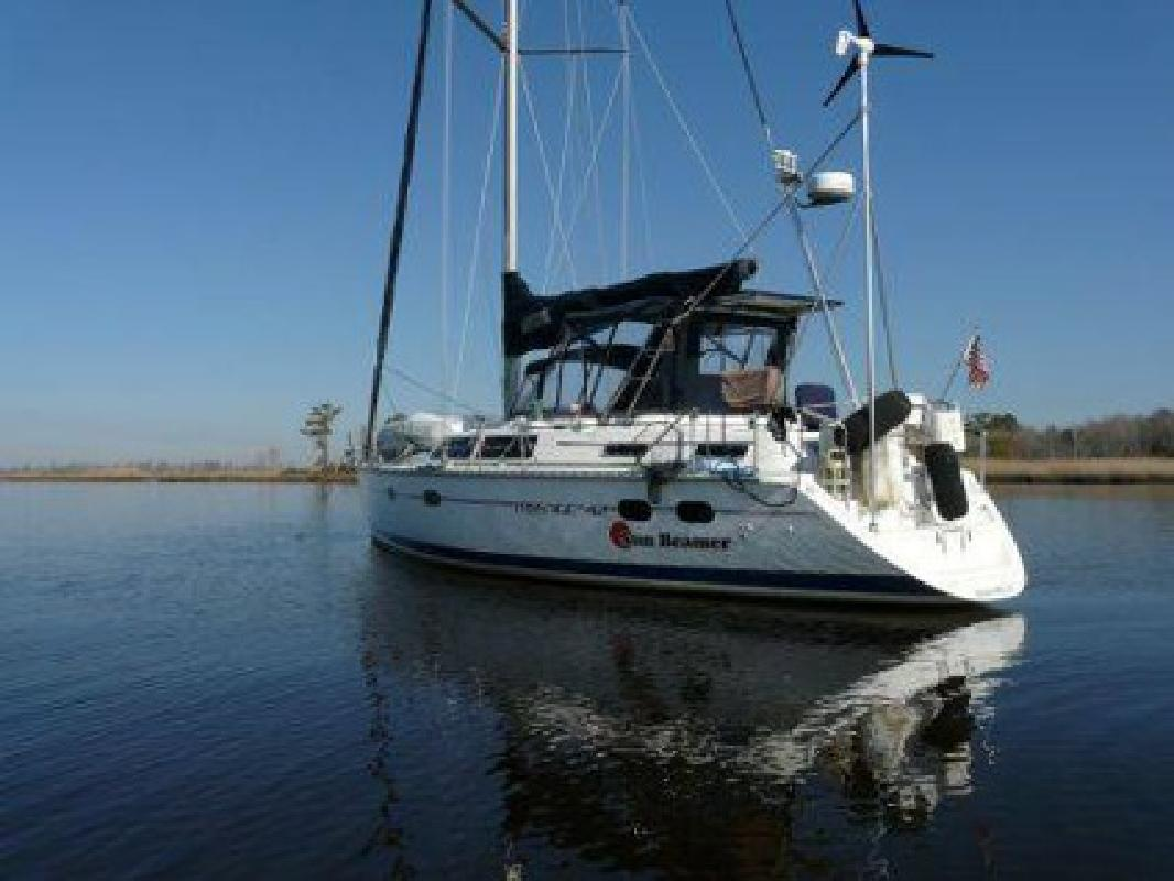 $139,900 1997 42 foot Hunter Passage 42