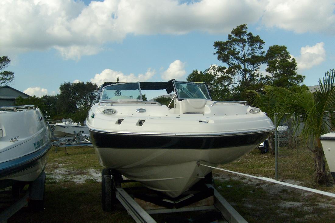2009 22' Hurricane SD2200