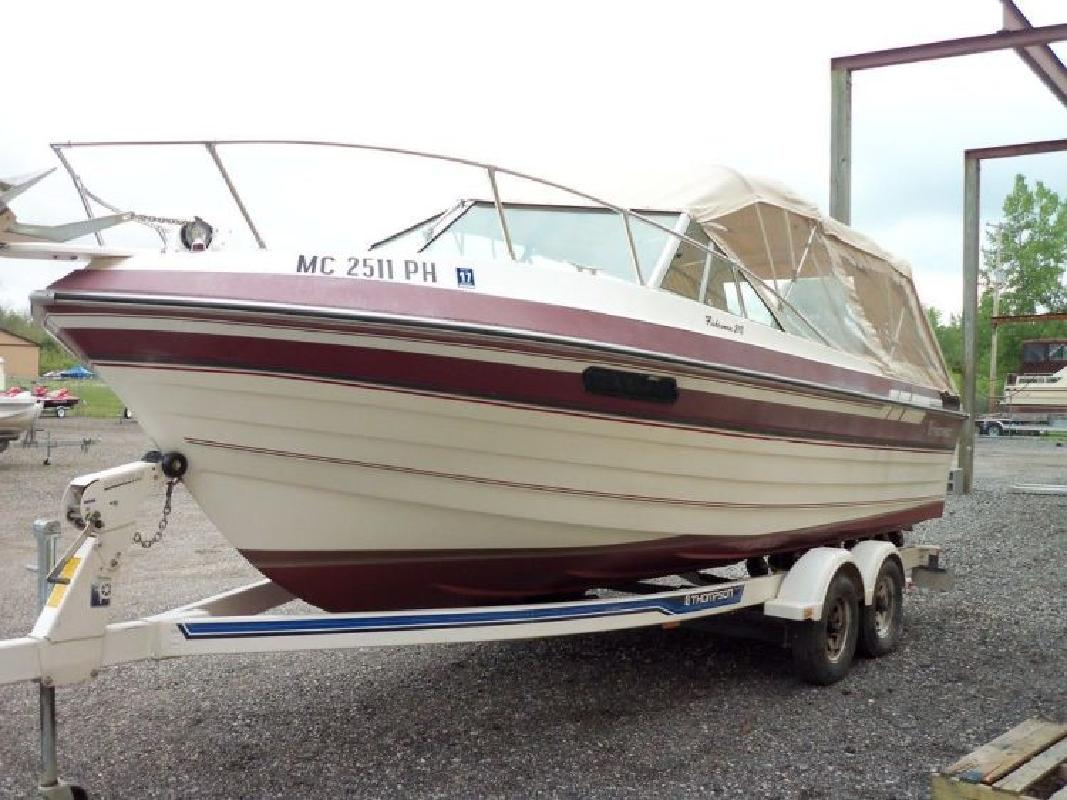 1990 Thompson 21ft Fisherman in Au Gres, MI