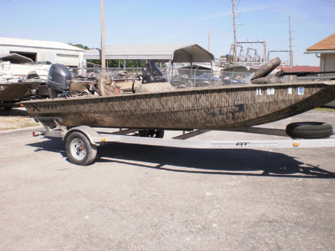 Xpress Bass XP 180 in Beardstown, IL