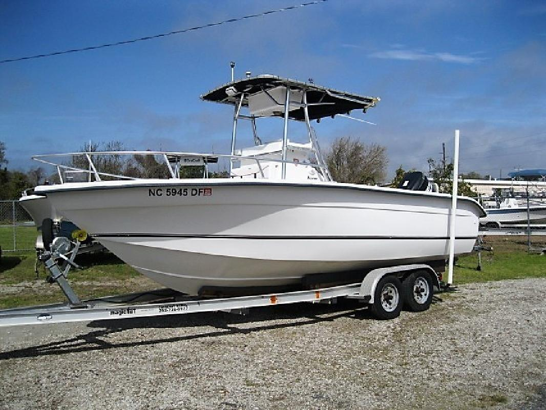 2002 SEACHASER 21 CC in Morehead City, NC