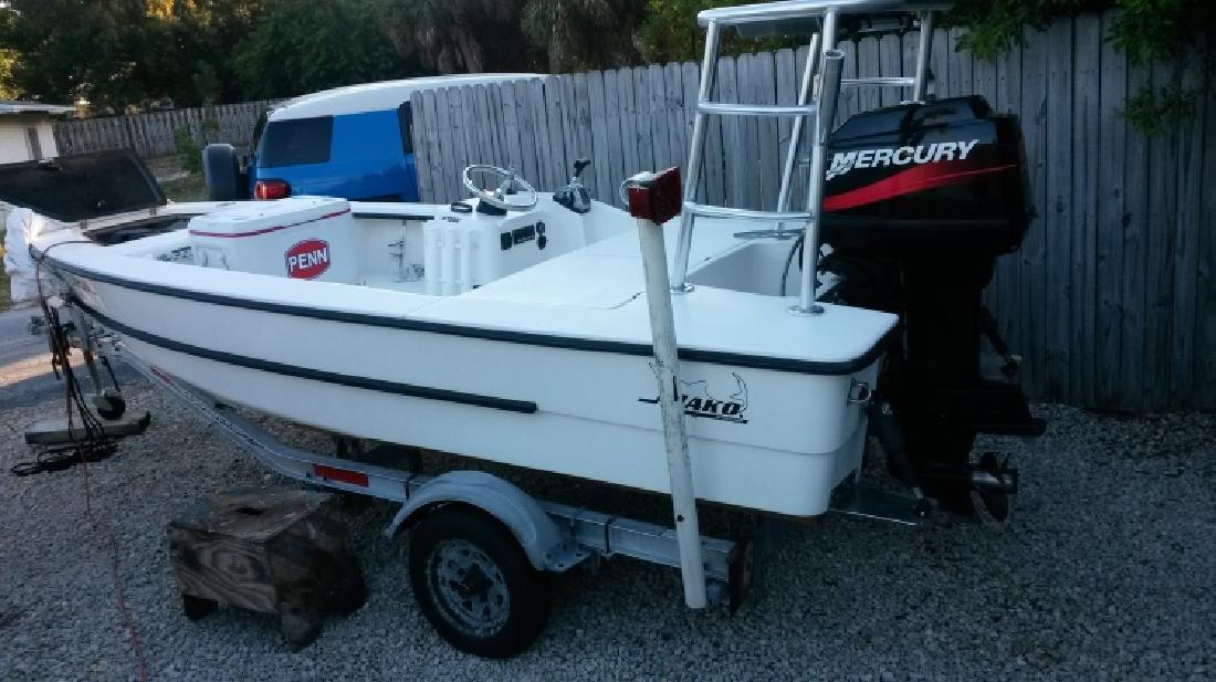 2002 mako 1550 inshore in Stuart, FL