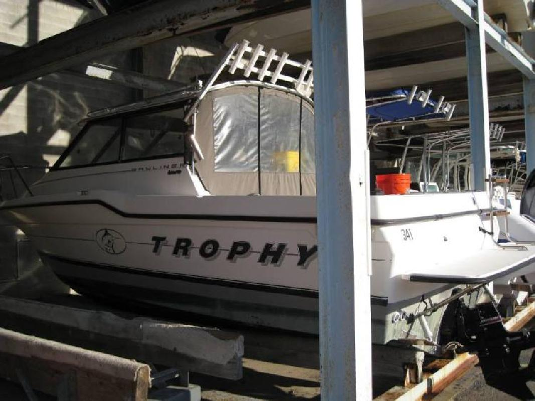 1995 Bayliner Trophy 2352 in Tampa, FL