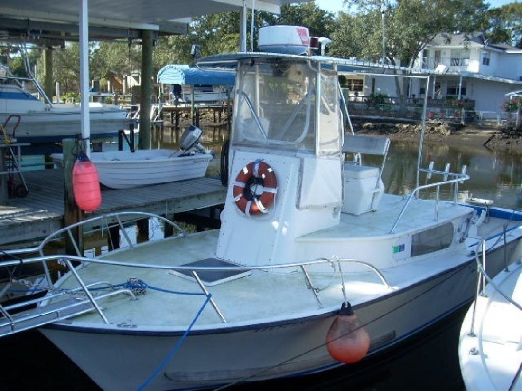 1984 Stuart Angler 32 in Tampa, FL