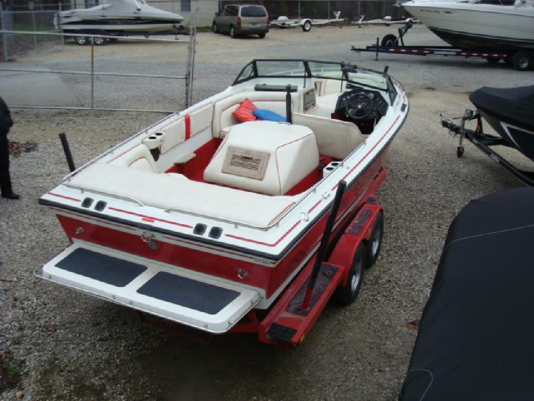 1990 23' Supra inboard Saltare